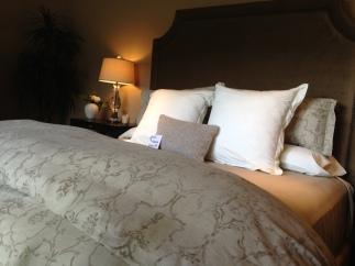Bedroom010