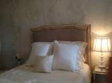 Bedroom011