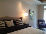 Bedroom022