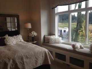 Bedroom035